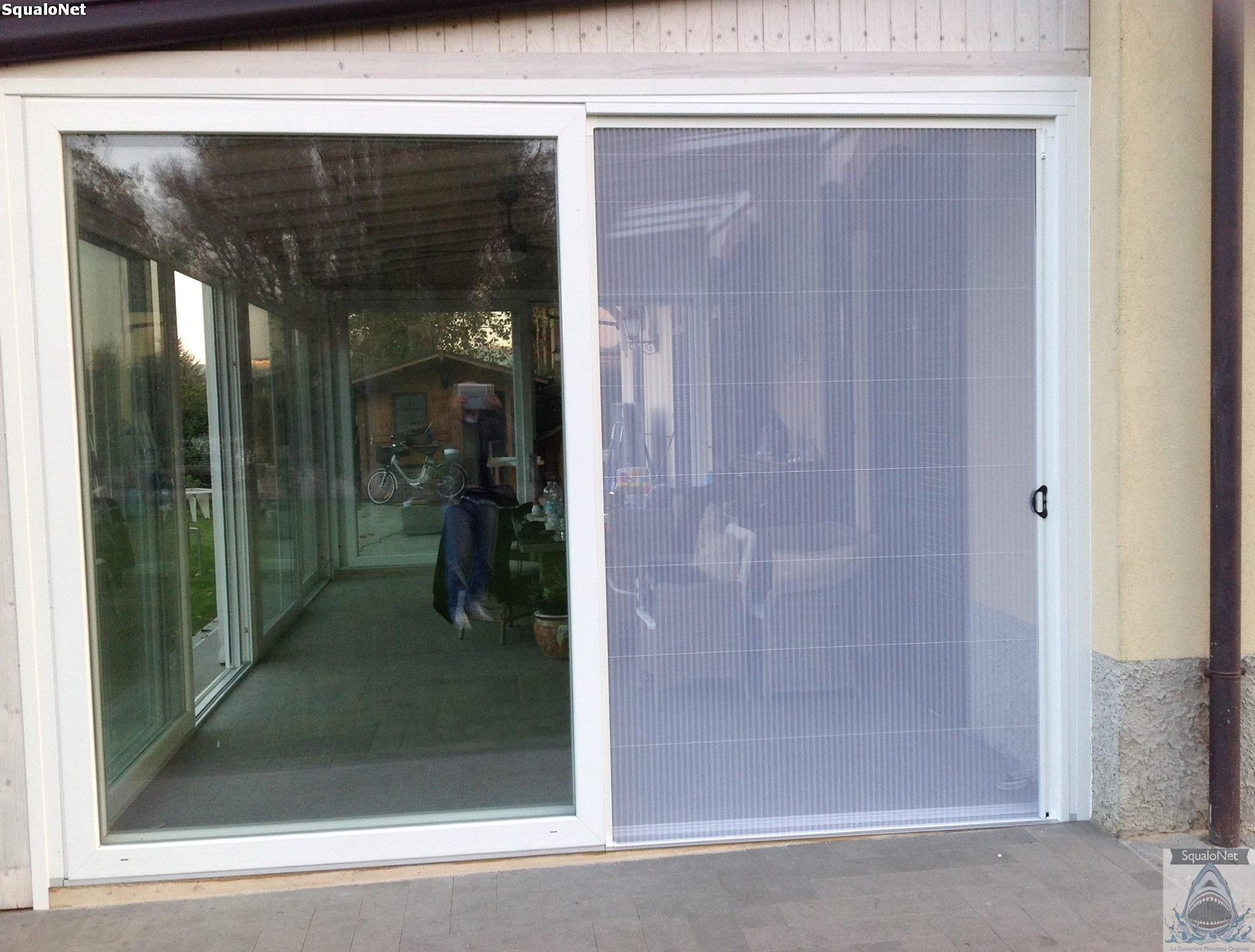 Zanzariere tradizionali o plissettate scorrevoli fisse o - Zanzariera ikea per finestre ...